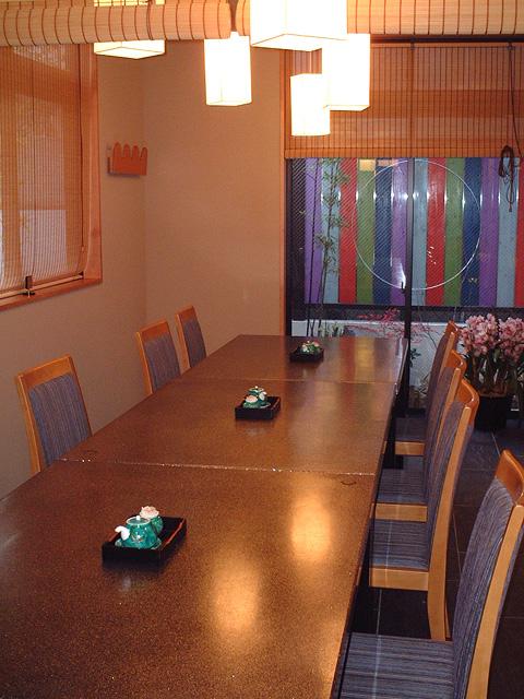 1階|テーブル席