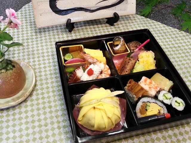 夏場のお弁当[茶巾寿司篇]